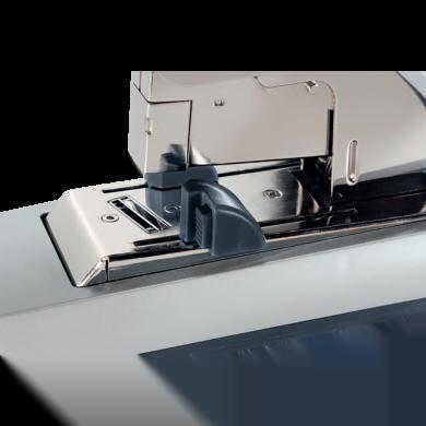 Capsator metalic Leitz 5553 de mare capacitate, capsare plata, 120 coli