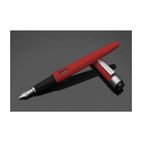 DIPLOMAT Magnum - Soft Touch Red - stilou cu penita M, din otel inoxidabil