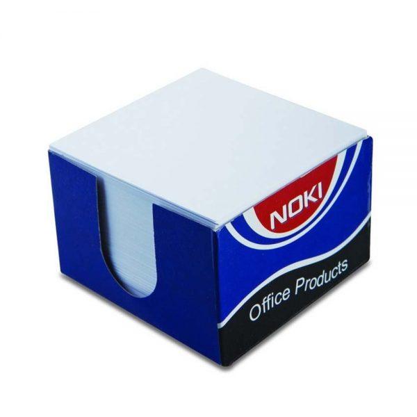 Rezerva cub hartie alba, 90x90mm, 400 file, suport carton NOKI
